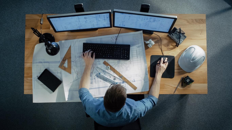 Electrical estimator using electrical estimating software